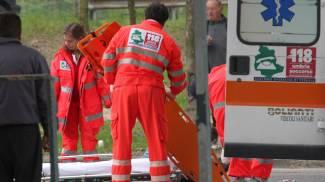 Operaio investito da un'auto sull'Ascoli-Mare, è grave
