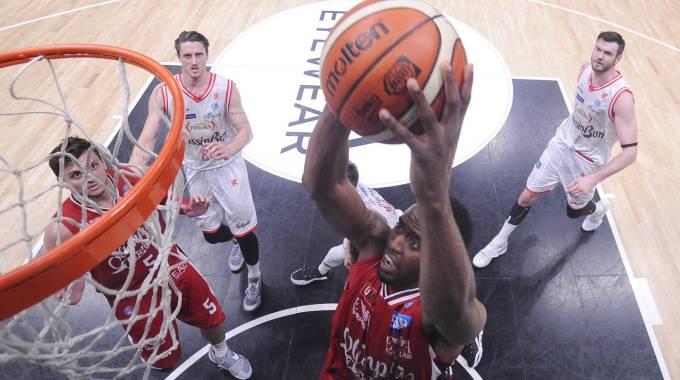 Basket, playoff Serie A: Milano-Reggio, si alza il sipario