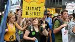 Marcia per il clima a New York (Olycom)