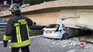 Image Lecco, crolla cavalcavia: almeno 1 morto. Tir su macchine: 6 feriti / FOTO / VIDEO