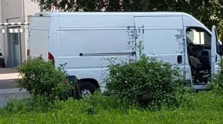 Il furgone con a bordo il ragazzo arrestato alla Stazione di Milano