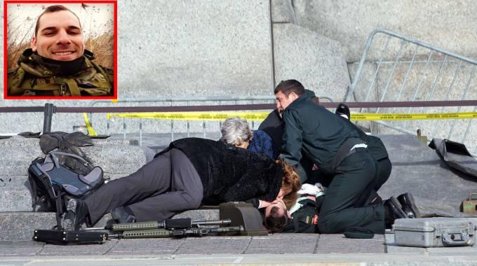 Canada, spari in Parlamento: morto il soldato Nathan Cirillo (nel riquadro) (Olycom/Facebook)