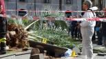 Catania, gli inquirenti sul luogo della tragedia (Ansa)