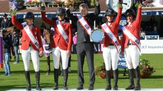 It's ladies day in Dublin as team USA sweeps to victory