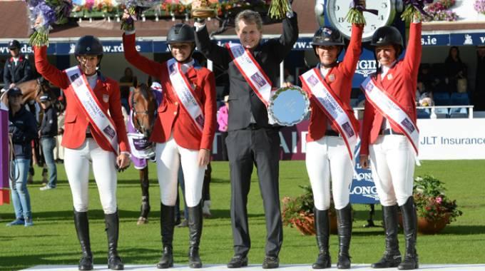 The winning team (ph. FEI/Christophe Taniere)