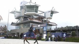 Lorenzo's Lightning Victory As Championship Race Tightens