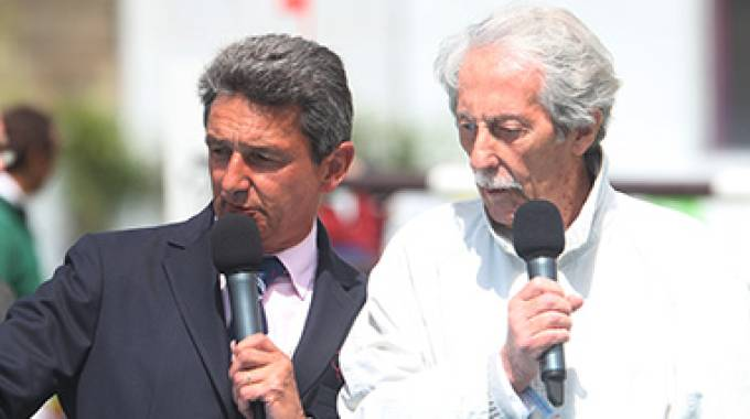 Jean Rochefort (a destra) con Jean Maurice Bonneau (ph. Julien Counet)