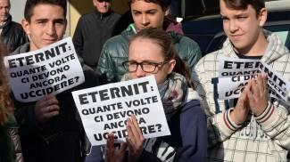 Caso Eternit, lutto cittadino a Casale Monferrato (Ansa)