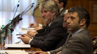 Il tavolo tra Giuliano Poletti e le parti sociali (Ansa)