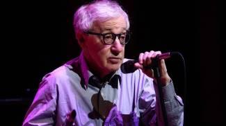 """Woody Allen compie 80 anni. """"Vecchio in un lontano futuro"""". Top 10: le sue frasi"""