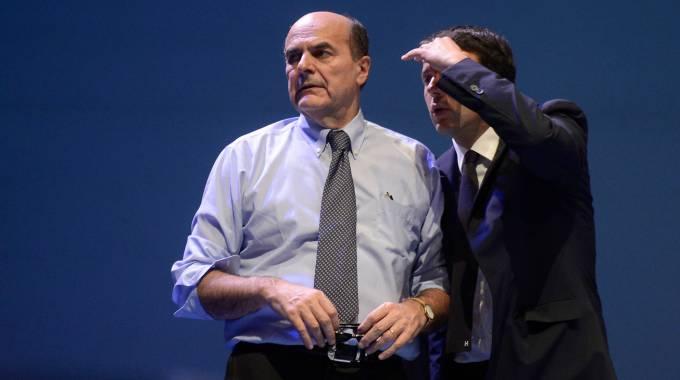 Bersani, strappo su Jobs Act e Italicum. Diserta l'incontro: 'Non sono figurante'. Renzi: 'Non perdiamoci in polemiche'