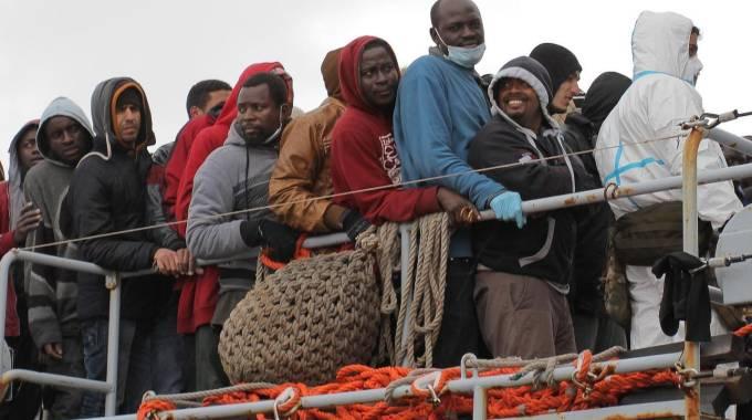"""Emergenza migranti, una nuova strage. La Ue: """"Ora collaborare con i dittatori"""""""