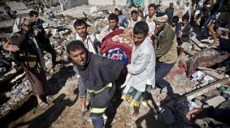 """Yemen, con l'appoggio Usa blitz aereo panarabo contro gli sciiti. Protesta l'Iran: """"Aggressione"""""""