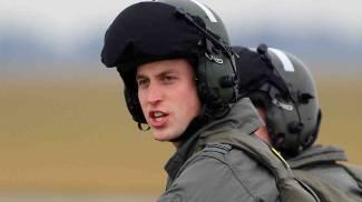 Il principe William diventa 'angelo dei cieli': assunto come pilota di eliambulanza