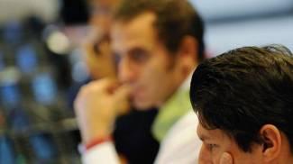 Grecia, l'incubo bancarotta spaventa i mercati. Milano chiude a -2,4%. Spread sopra 140