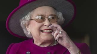 Elisabetta II, una regina da Guinness: batterà il record del regno più lungo