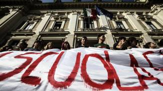 """Scuola, domani in piazza contro la riforma del governo. Boschi: """"Modifiche se necessarie"""""""