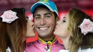 Giro, Fabio Aru nuova maglia rosa. Contador frenato da una caduta