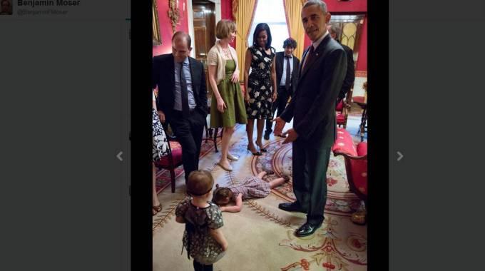 Casa bianca virale la foto della piccola claudia che for Foto della piccola casa